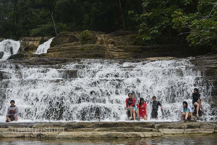 Tinuy-an Falls